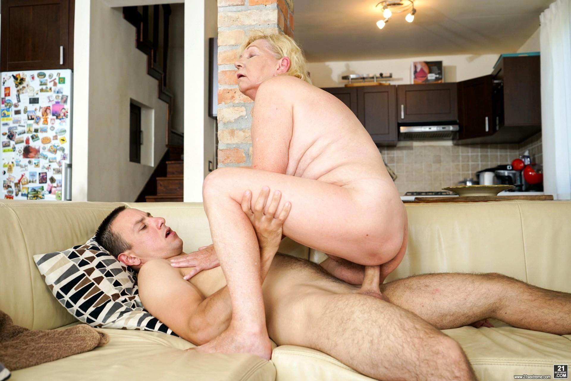 21sextreme Alla Hyper Granny Zip Sex Hd Pics