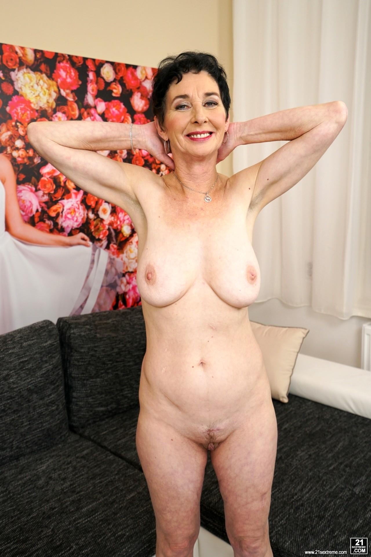 21 Sextury Pixie My Granny Livestream Sex Hd Pics-2863