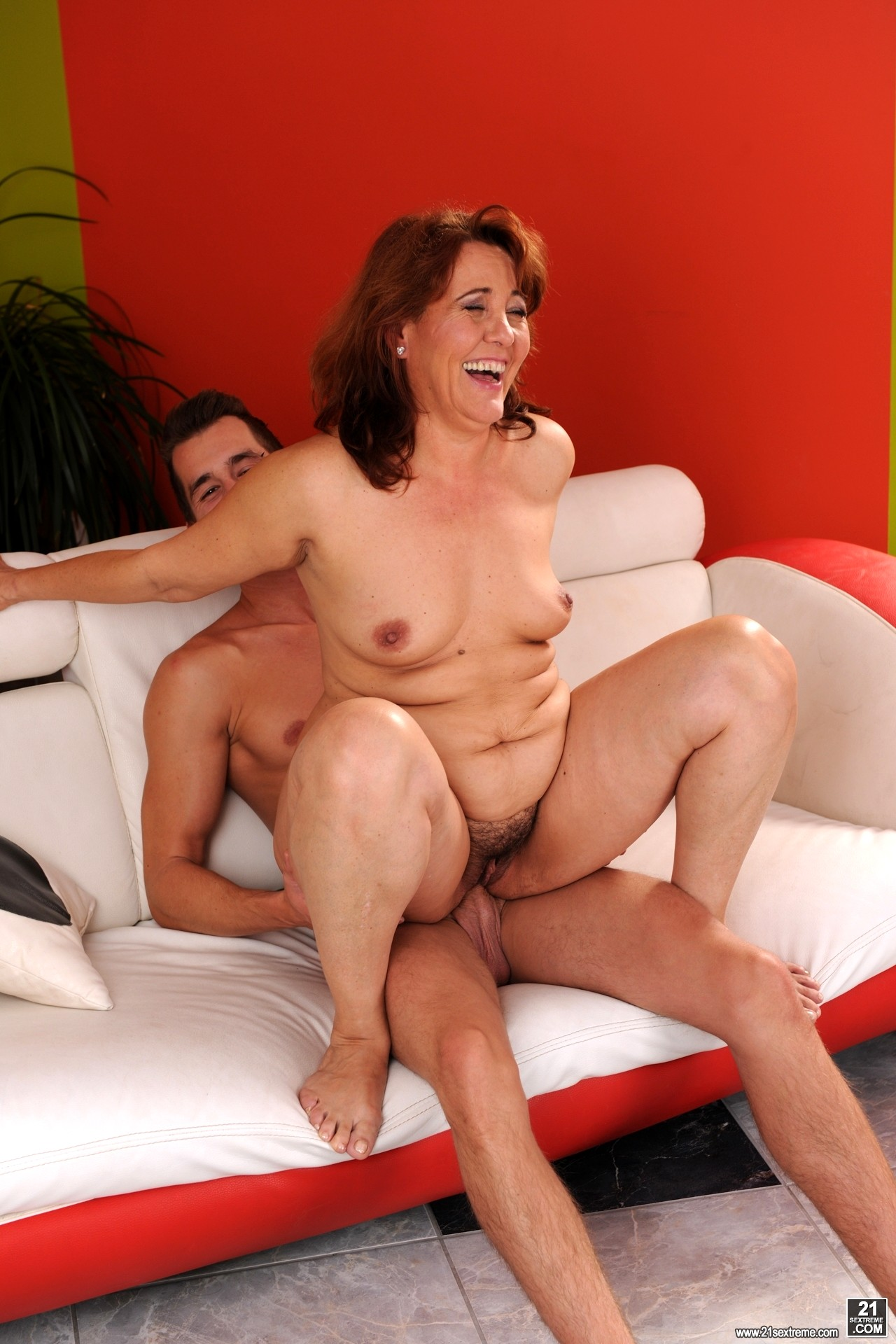 Hot mature woman getting fucked