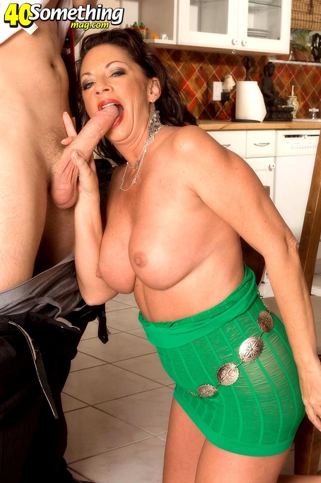 Margo sullivan boobpedia