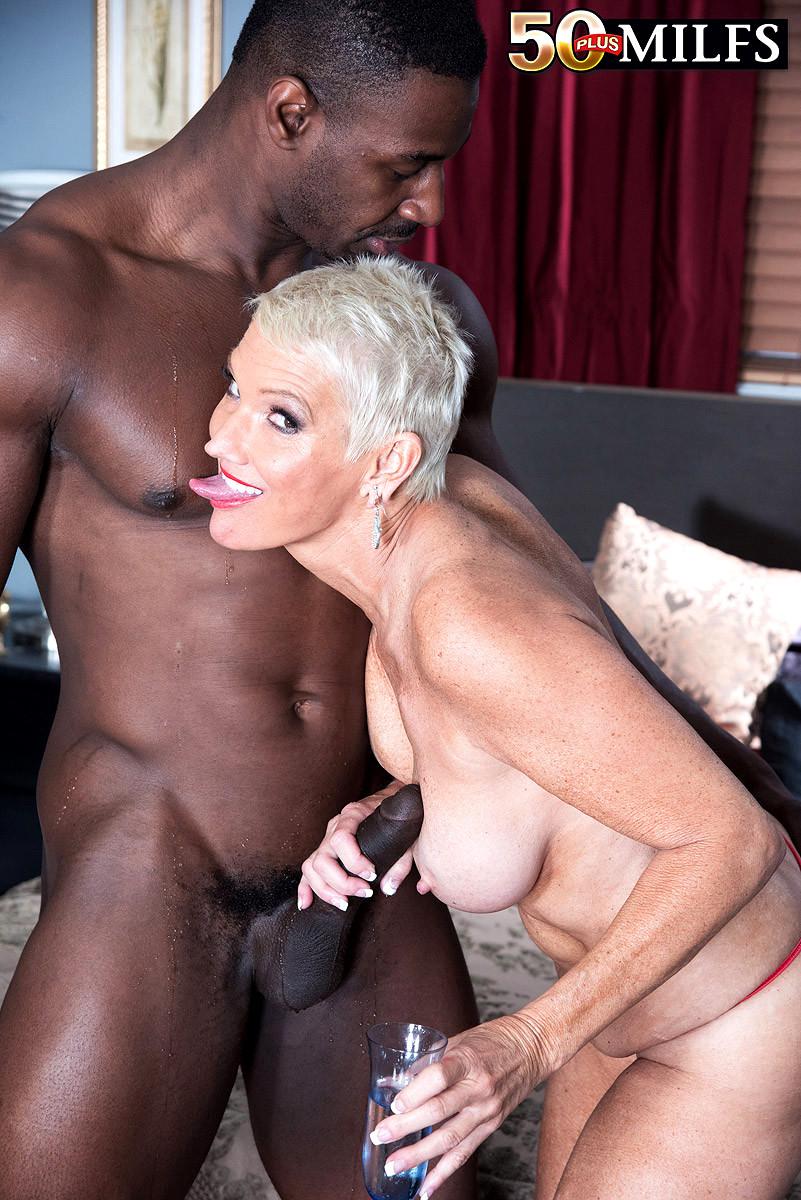 Old black milf porn