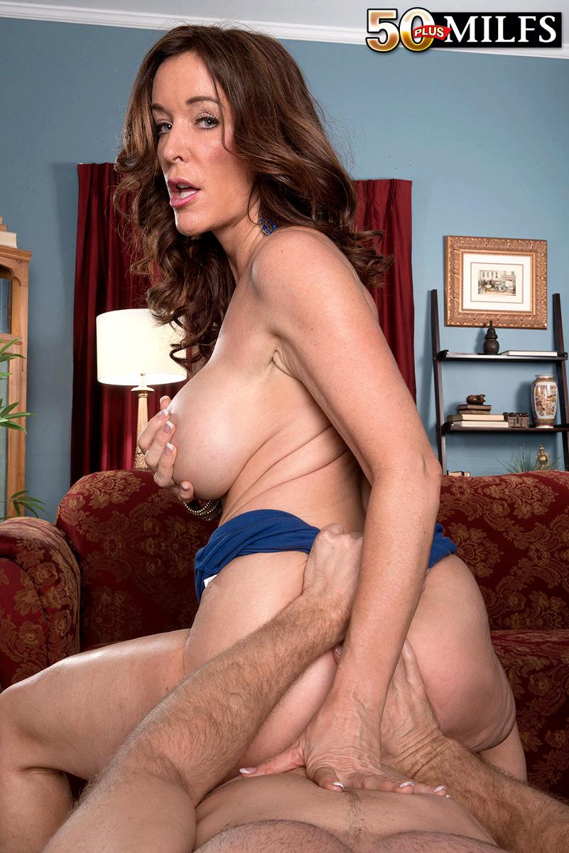 Stacie Starr Rachel Steele
