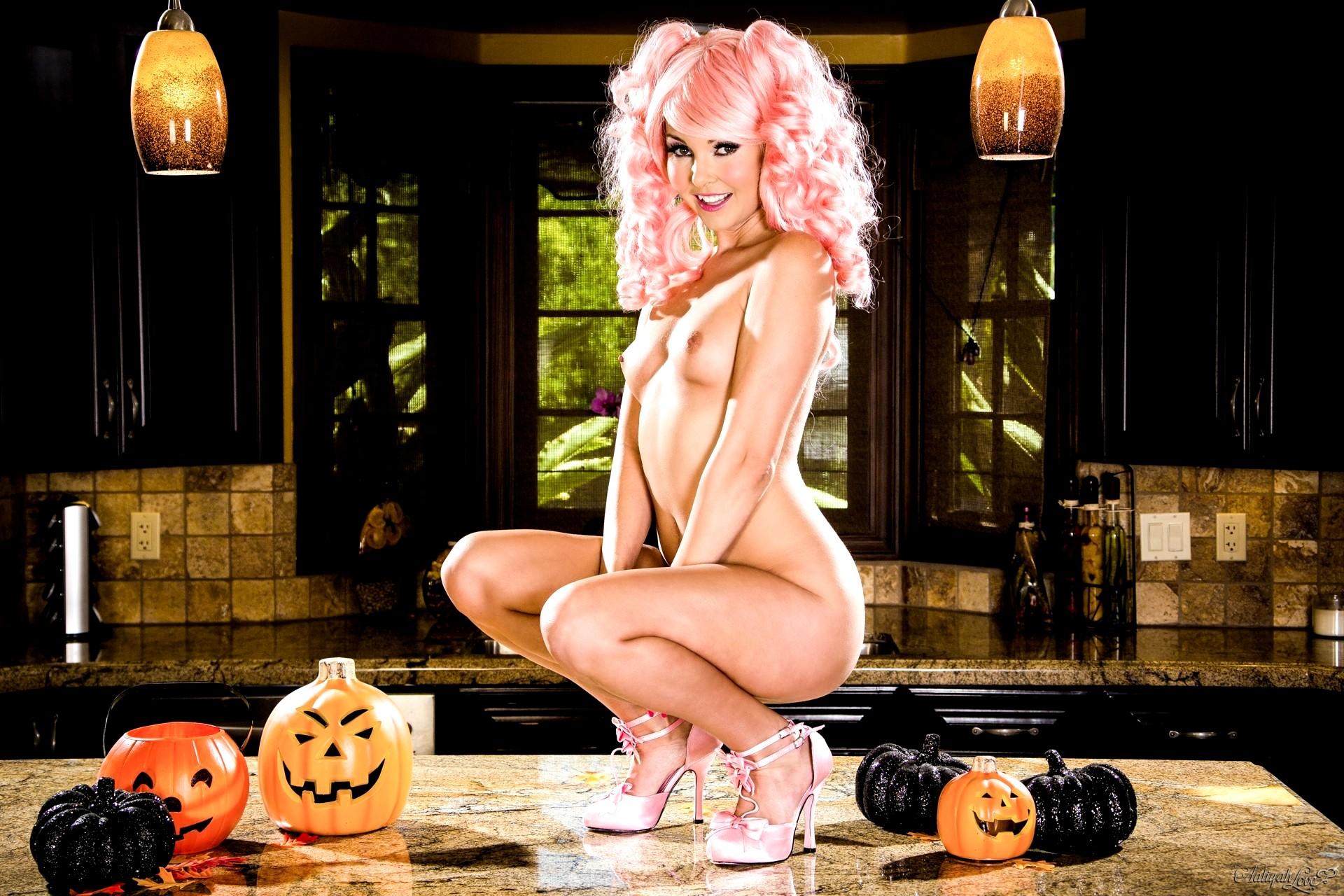 Naughty nude halloween pics