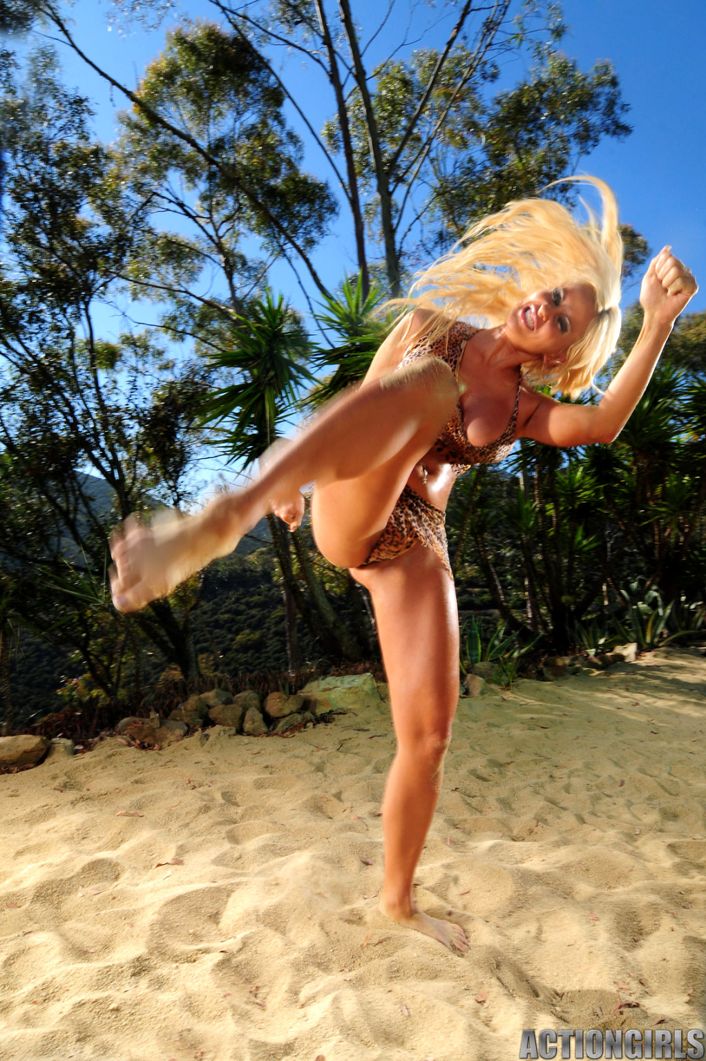 action-girl-kristy-nude-carey