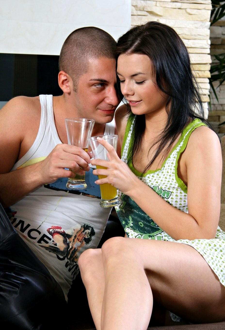 Порно сразу фото анального секса в одежде волосатые голые негритянки