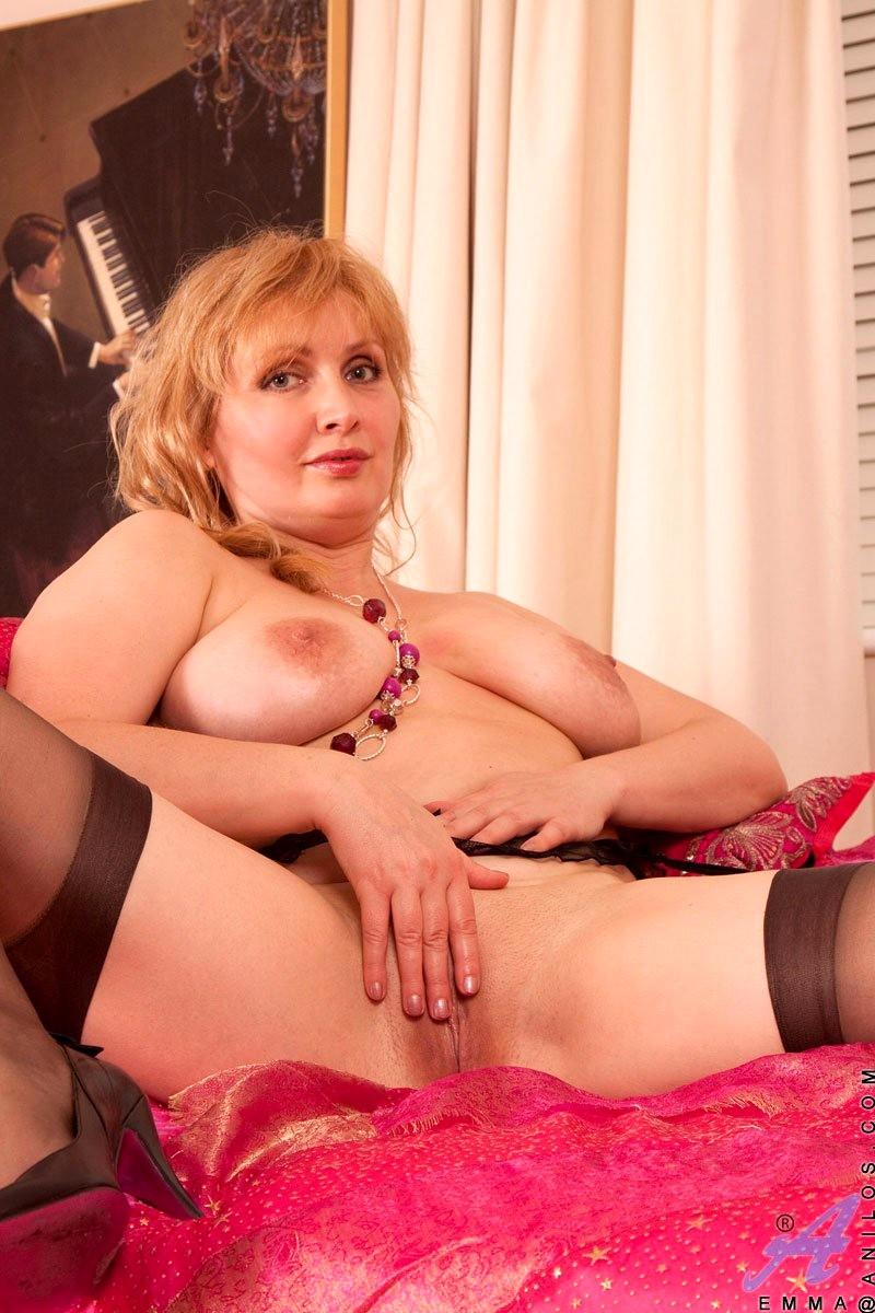 Порно аппетитные тетки, секс лесбиянок во время работы