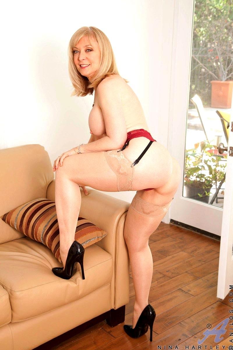 Anilos Nina Hartley Ero Mature In Lingerie College Sex Hd Pics-6863