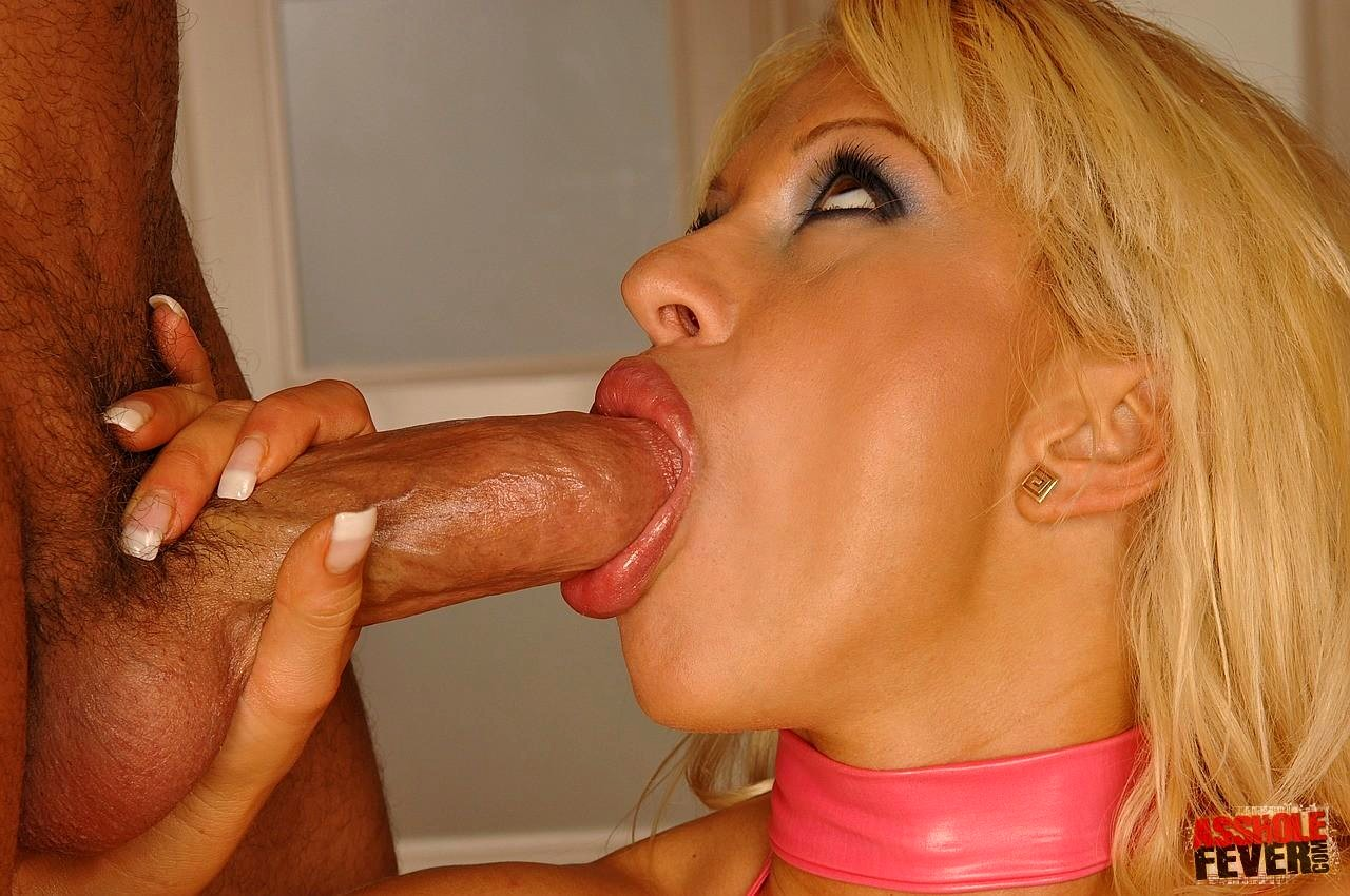 Slut with dick sucking lips taking good care of a big cock
