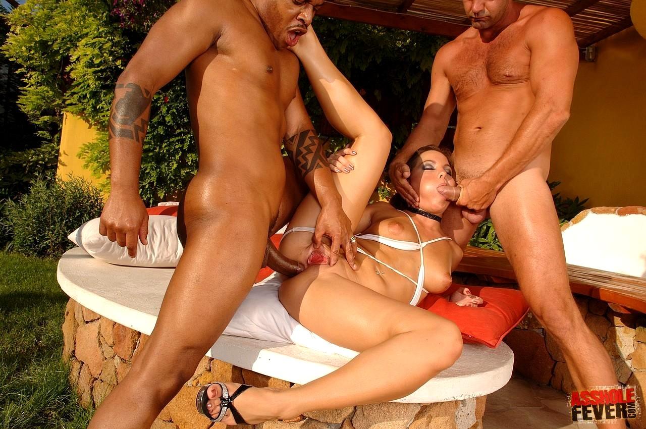 Фото ебущей смотреть нарезки порно из разных порнофильмов новые сексуальные ролики