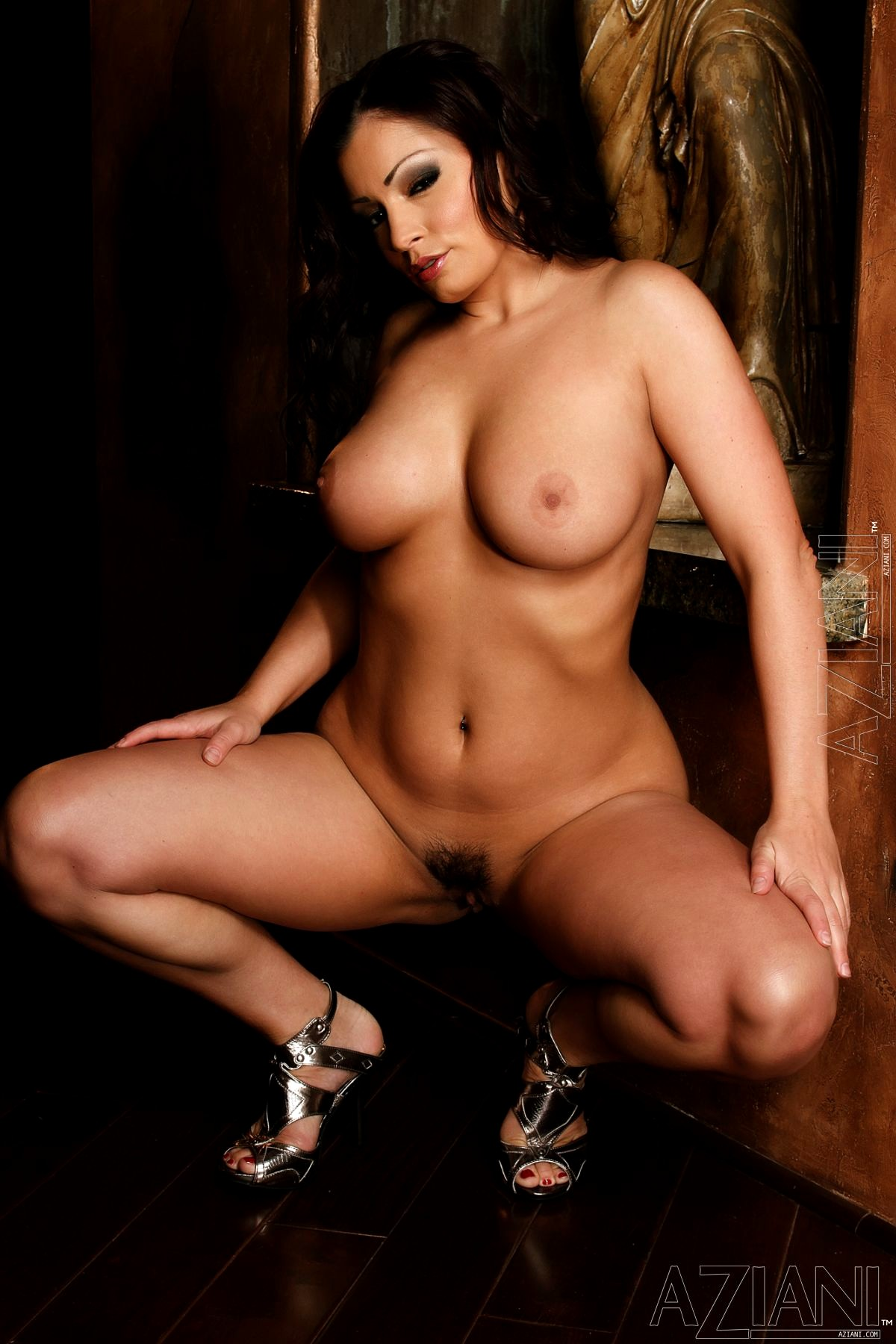 Порно ролики арии джованни, пизды раком клубничка фото