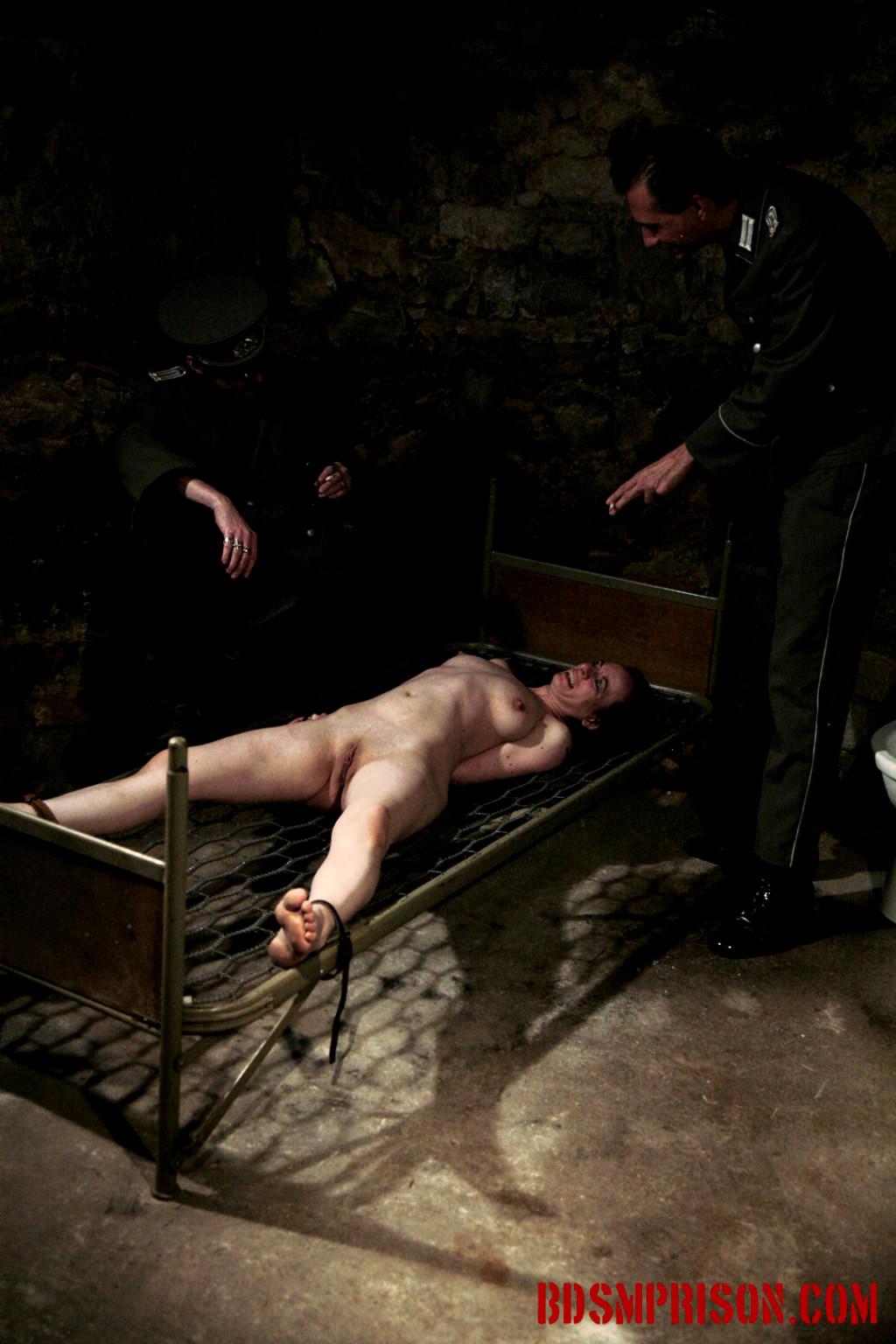 женщины в тюрьмах бдсм видео видео порно