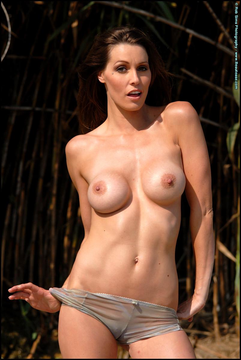 Taylor jennifer naked #13