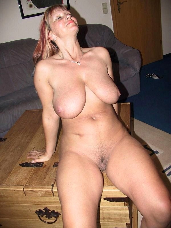 southern-wifes-naked