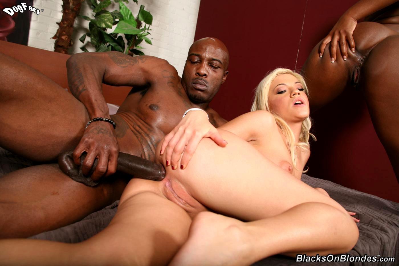 Akon fucking with girls pics