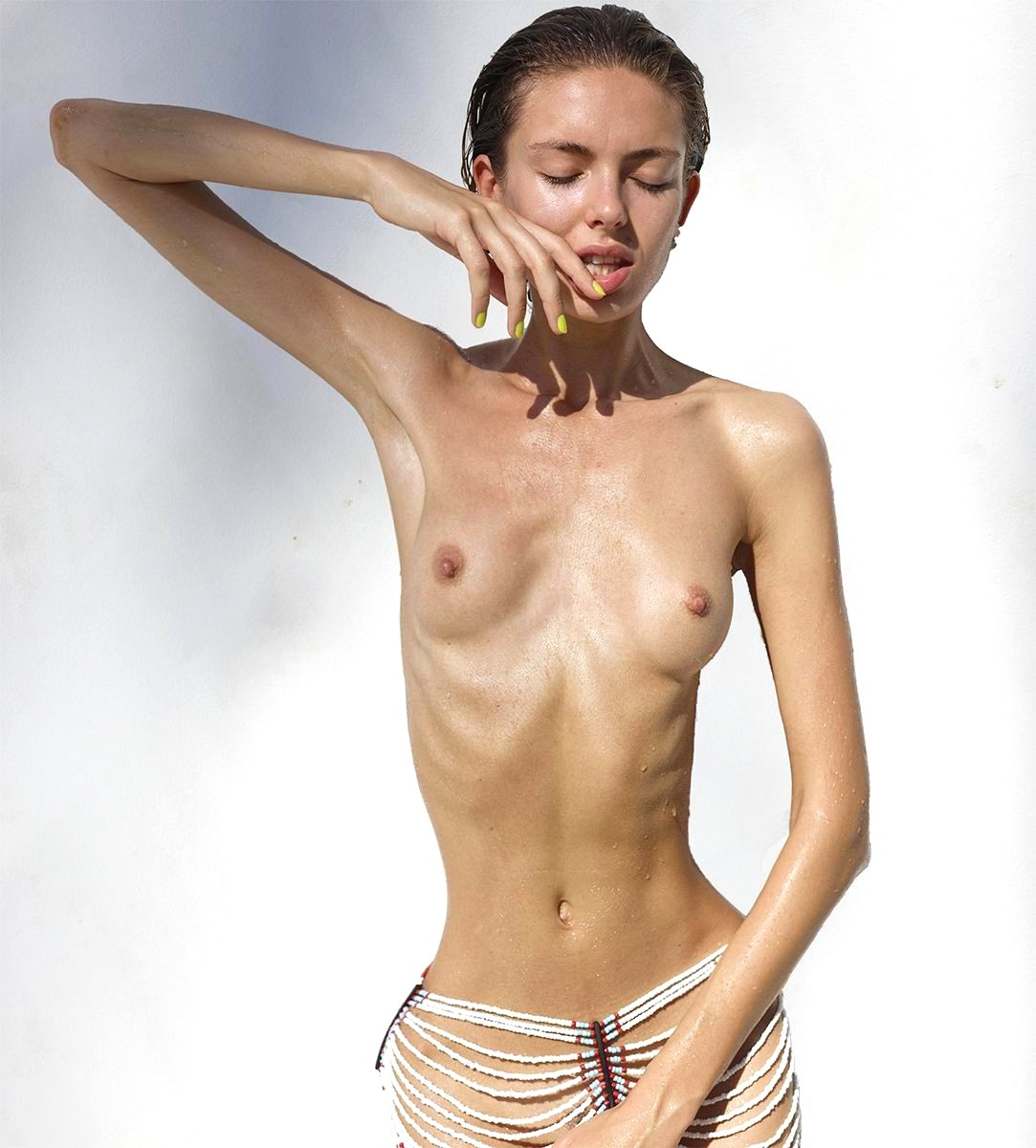Beautiful anorexic girl posing nude