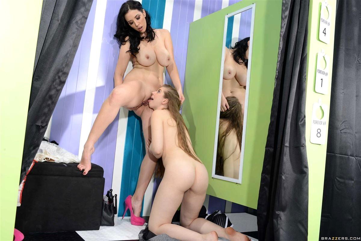 Лесбиянки примерочной порно — 10
