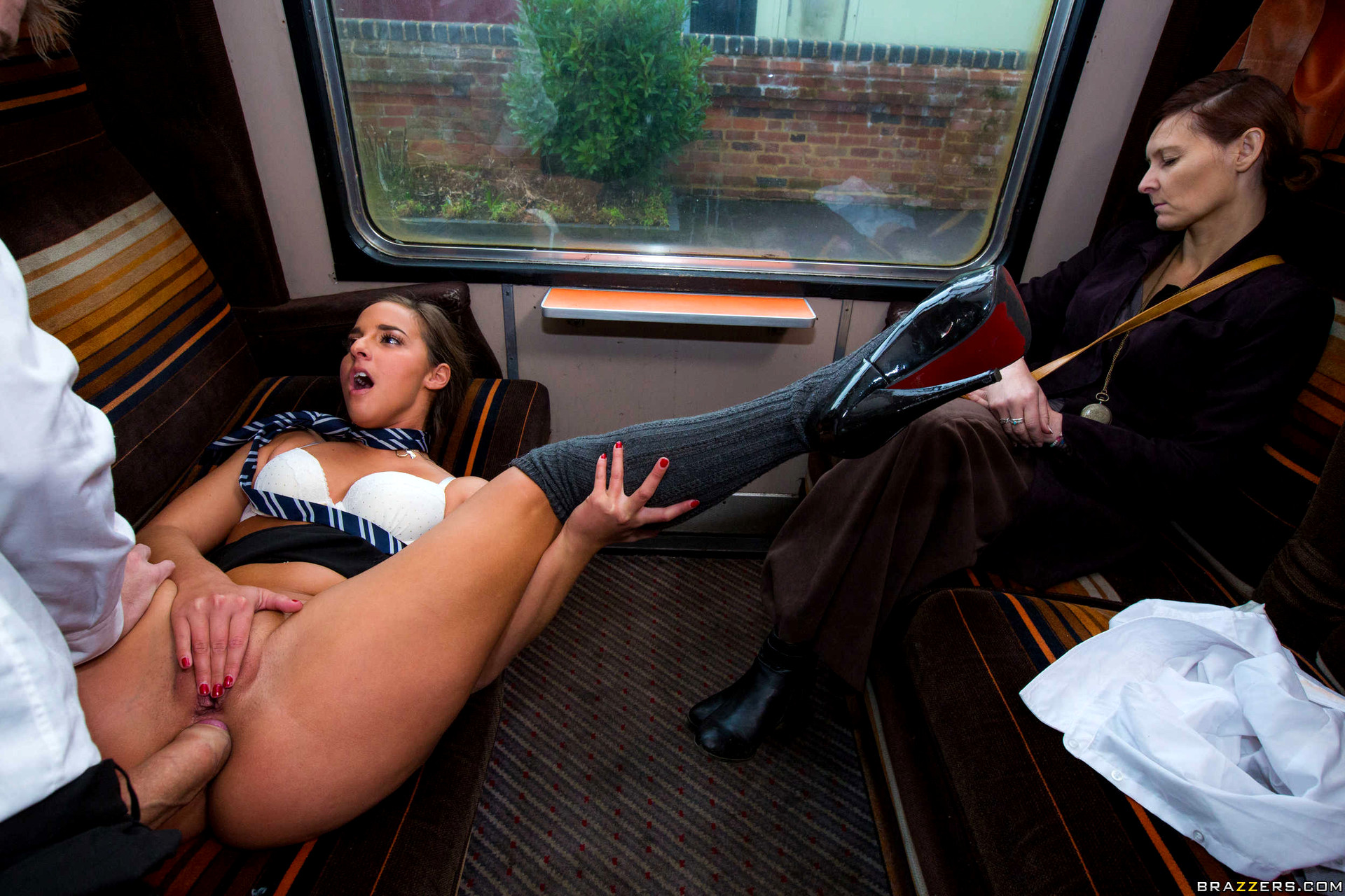 sex-in-a-train-porn-video