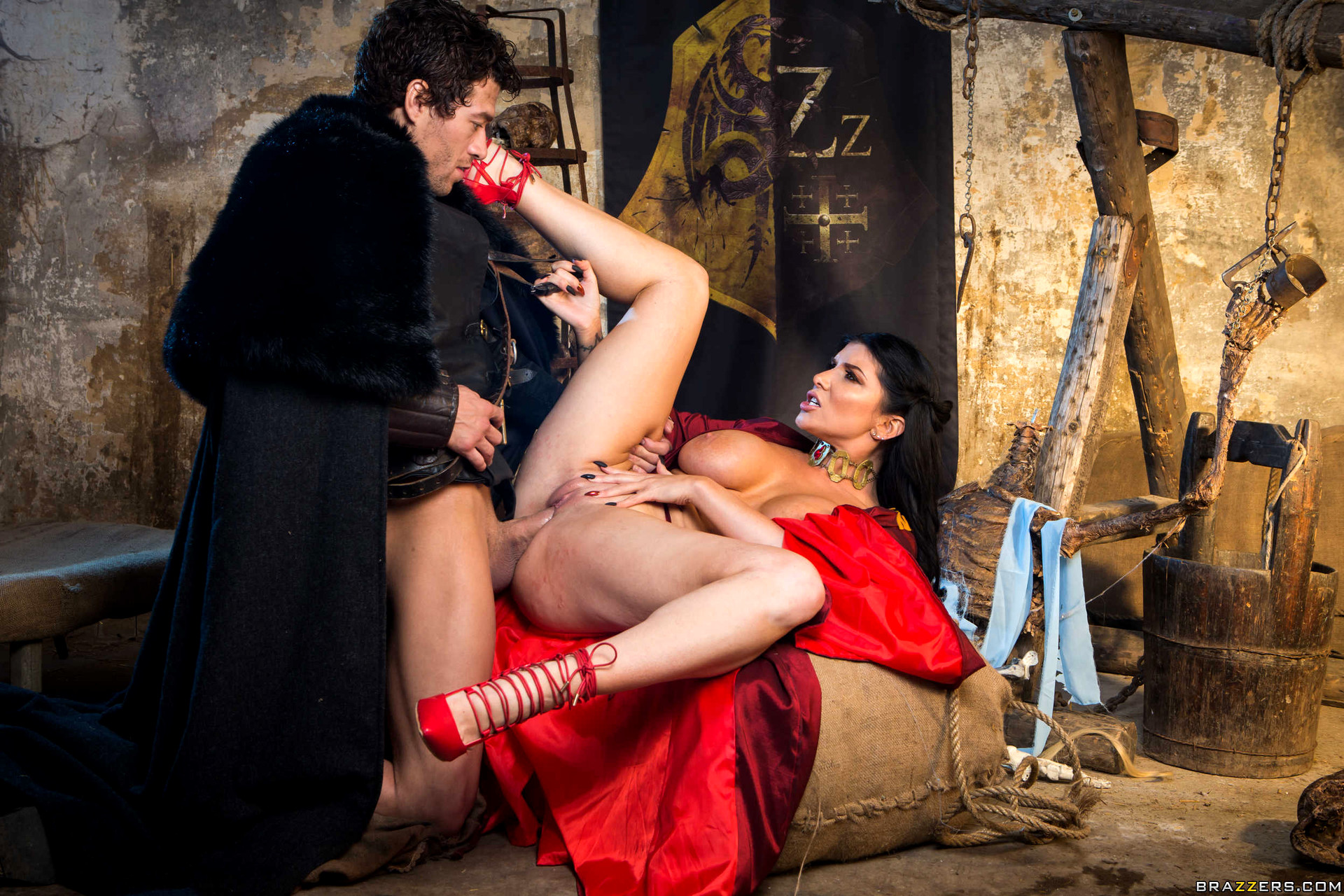medieval-fuck-little-girl-pussy-licked