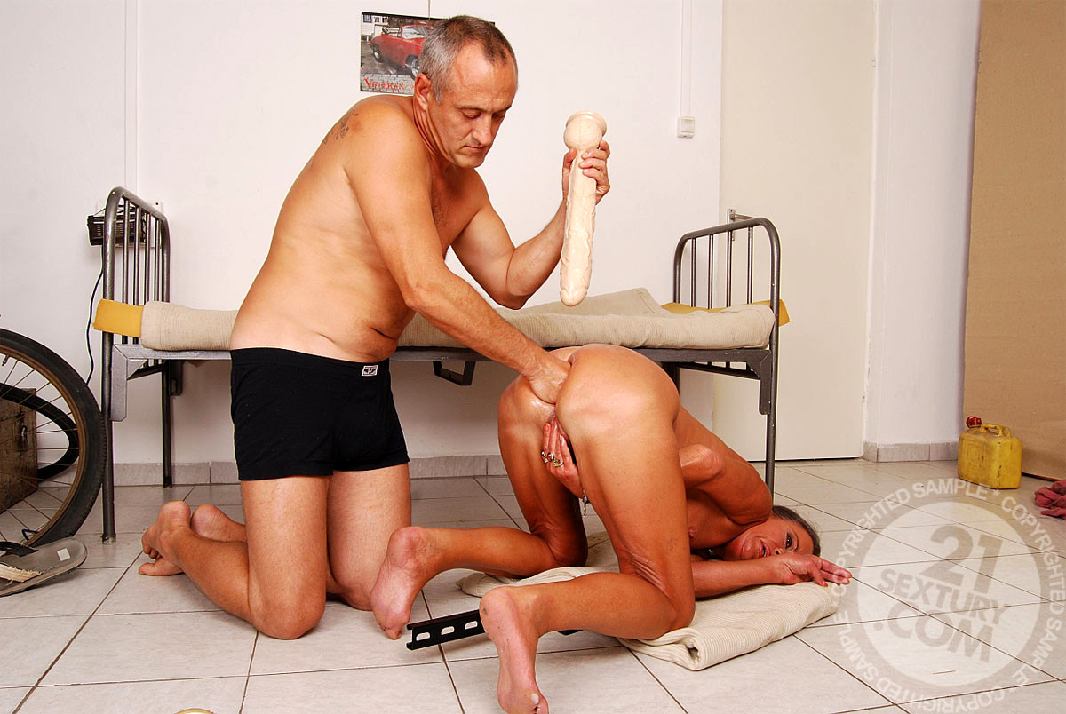 Огромные фалоиметаторы в порно старики 13