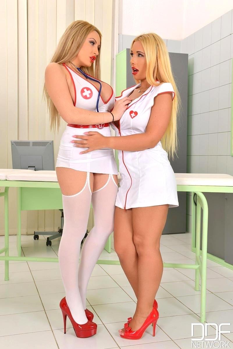 Hot nurse lesbians — pic 10