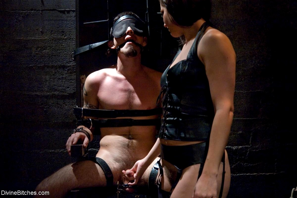 Melons femdom and male bondage