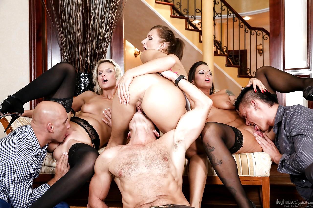 шлюхой секс русский ос смотреть групповой