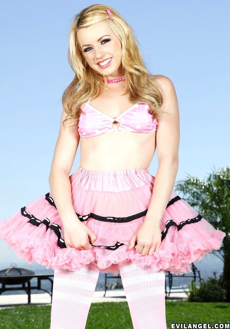 Lexi belle lost and found
