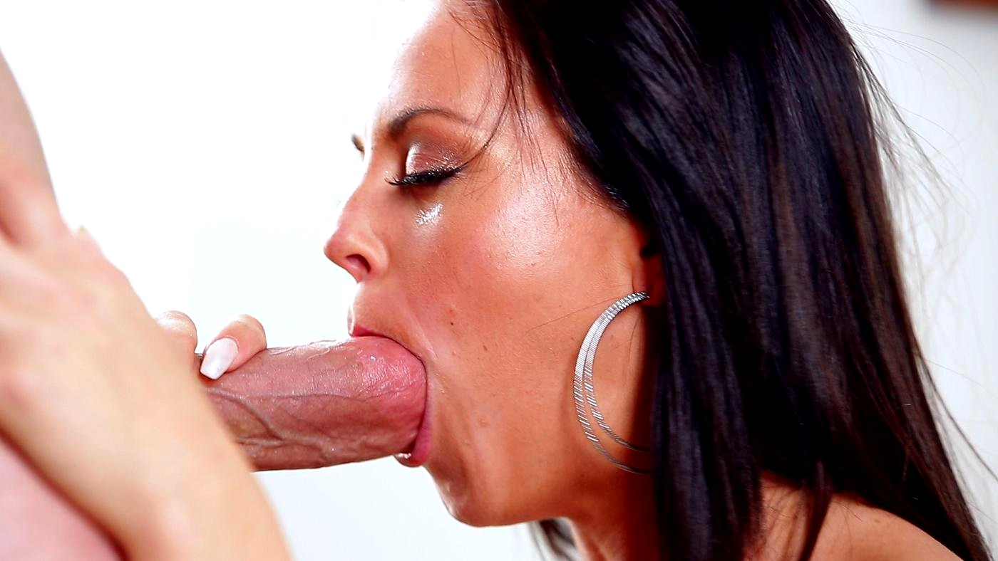 Beautiful french blowjob