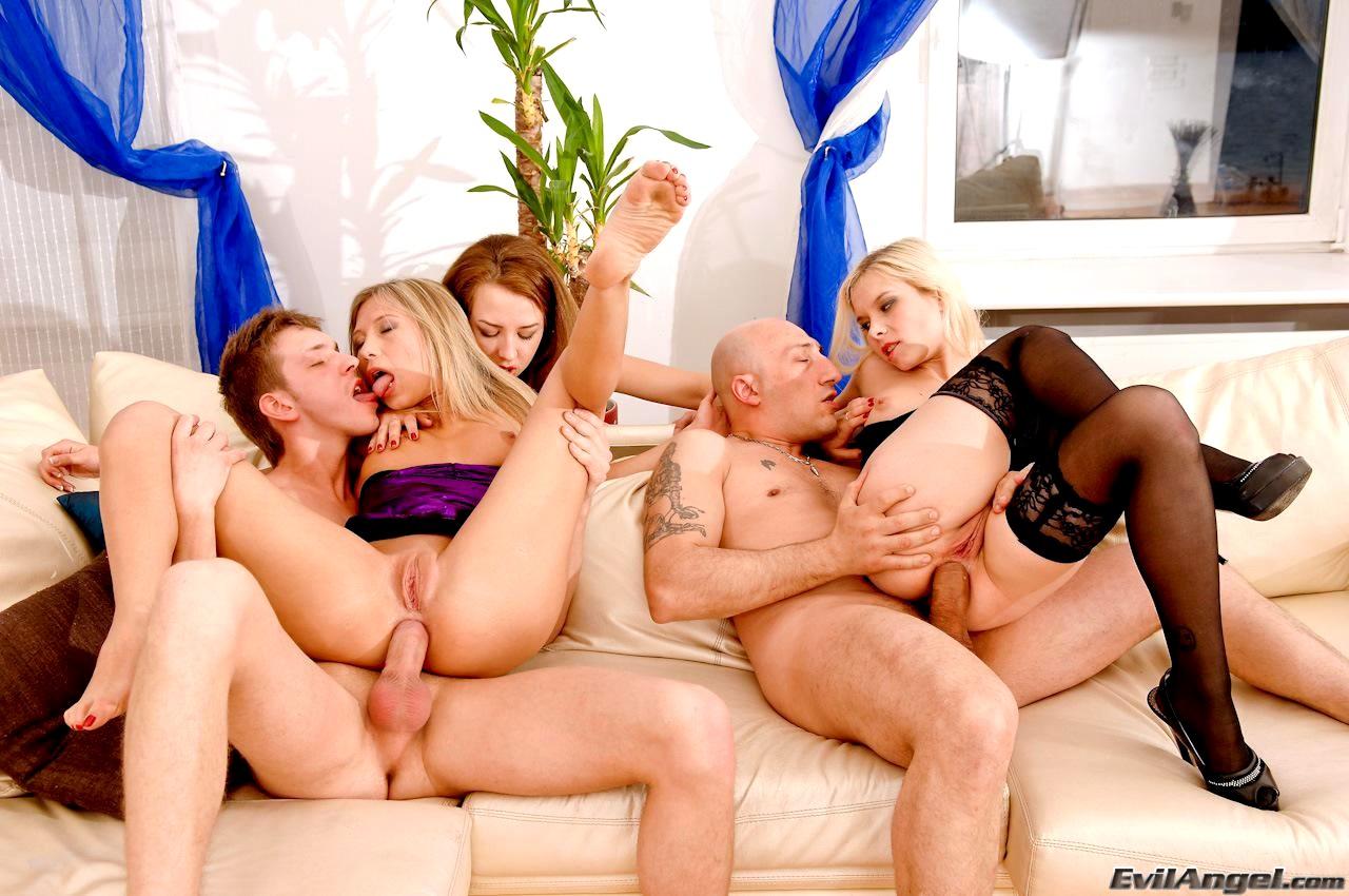 Threesome orgy video