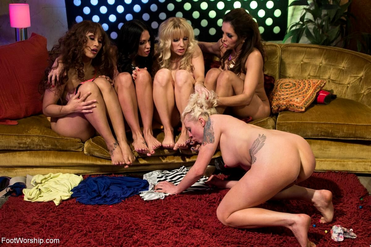 dirty-hippie-orgy-group-sex