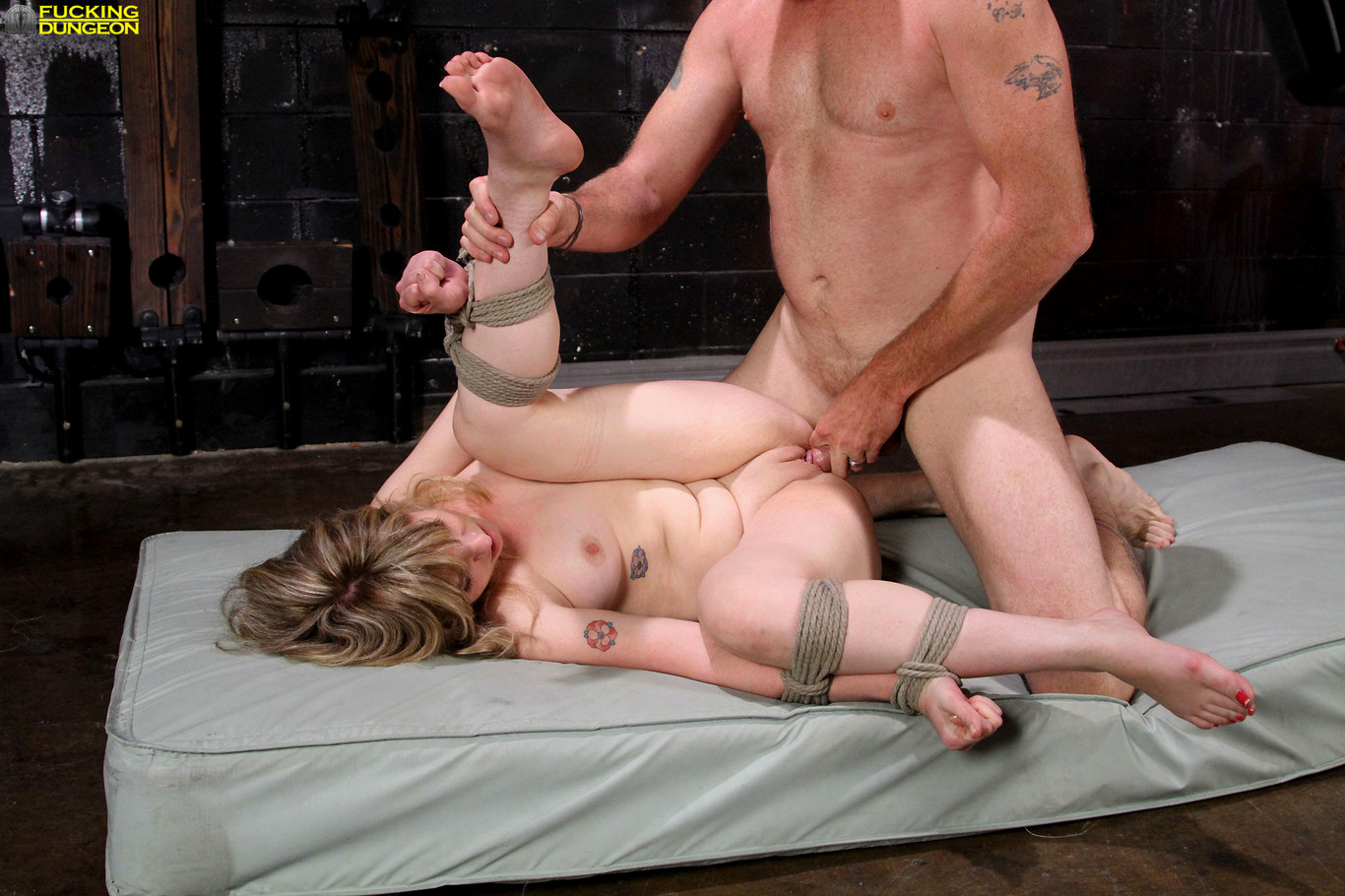 dungeon-fuck-cowgirls-tits-naked
