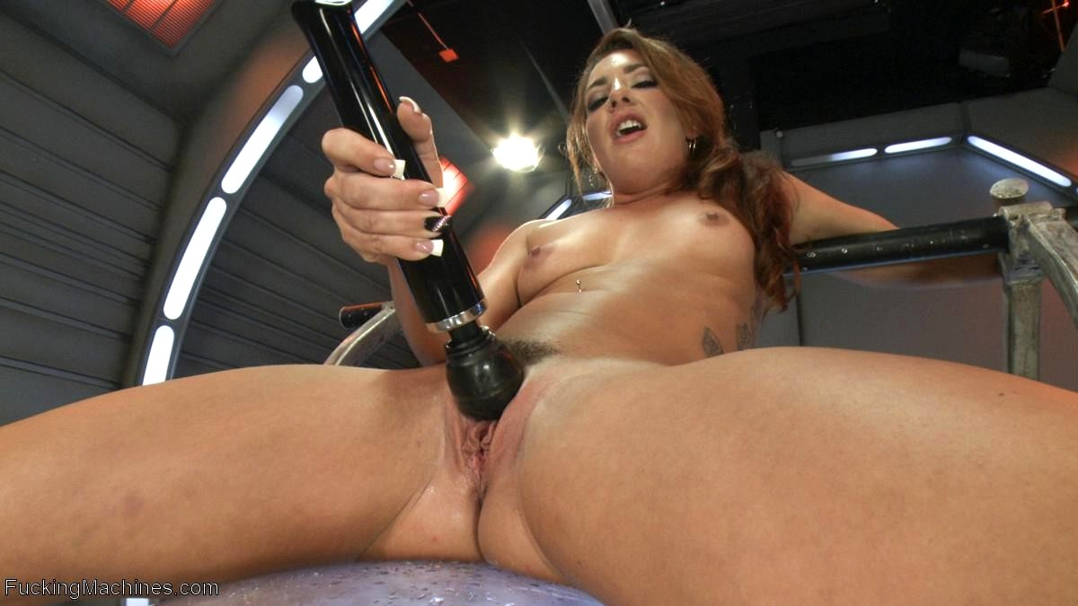 lick-hot-sex-squirting-fucking-machine-pussy