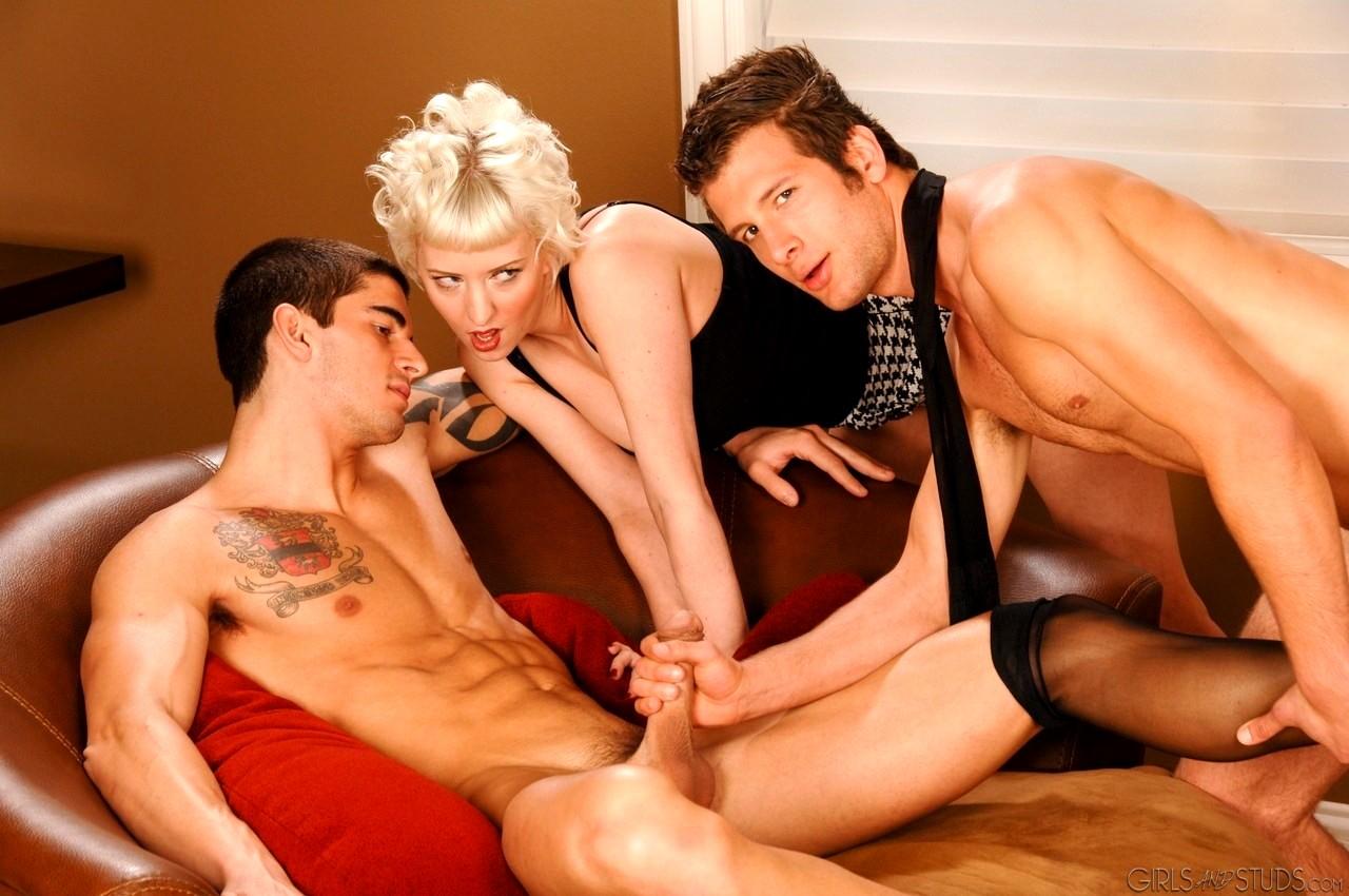 лесбиянки и бисексуалы вместе смотреть берем собой