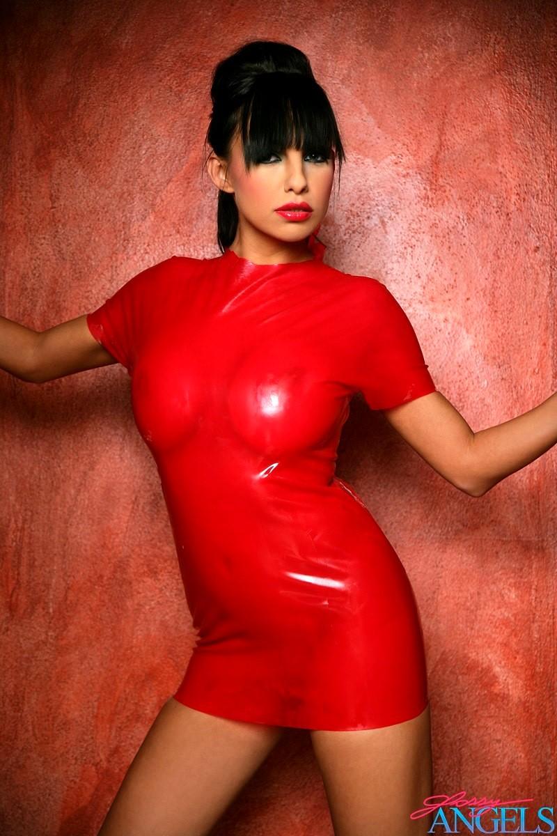 Секс в красном платье 13