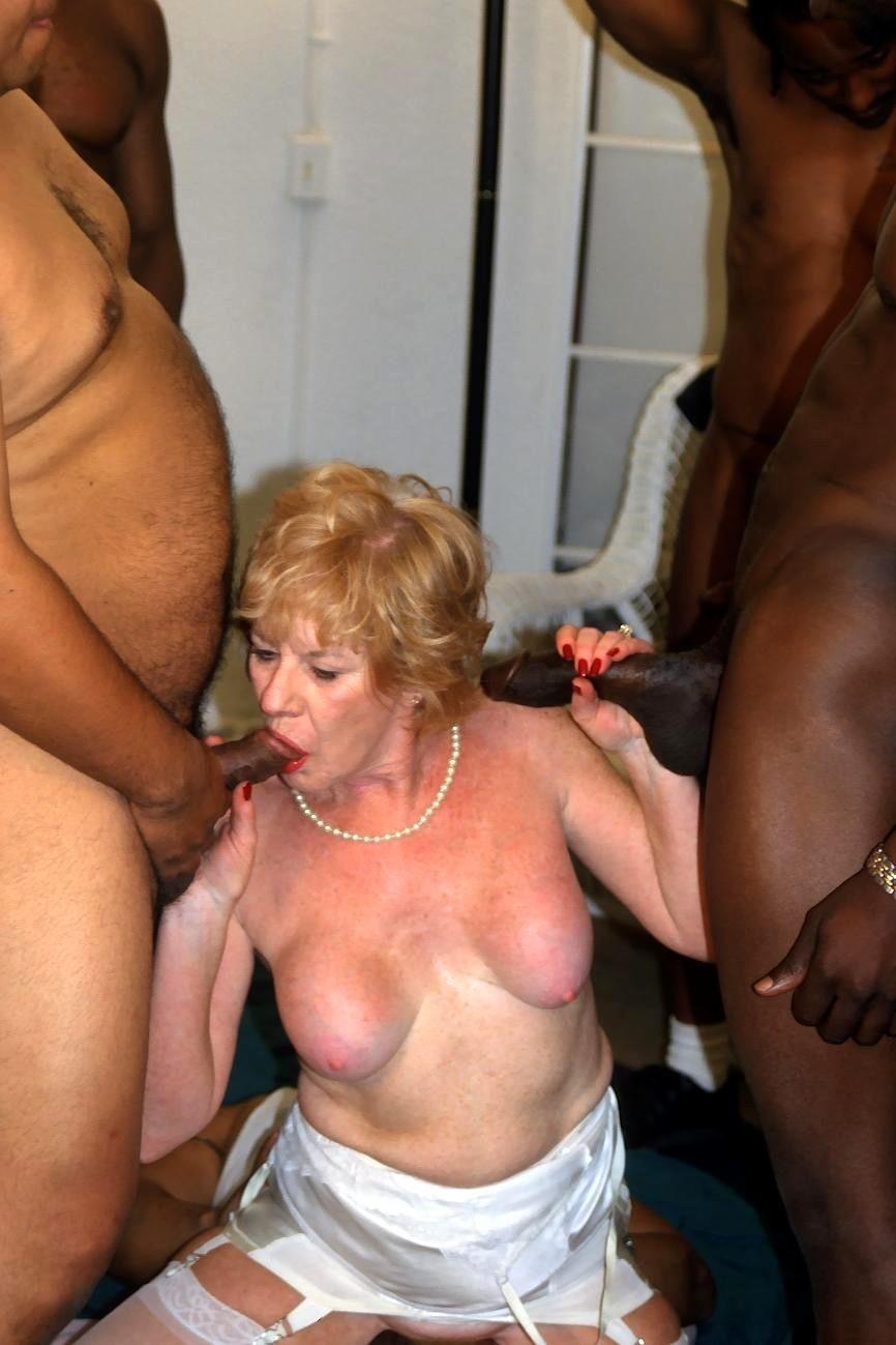 granny-bang-porn-ebony-hot-sexy-models-nude-gif