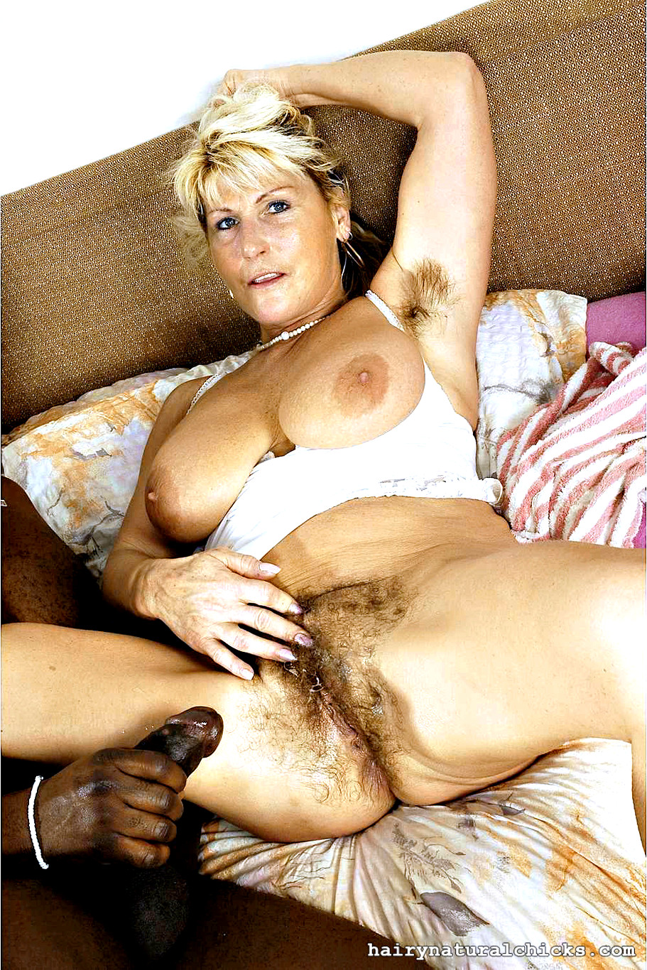 Chicks with hairy pussy