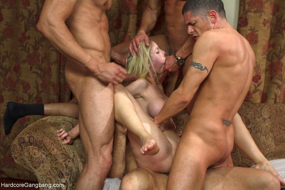 Смотреть порно онлайн жесткое групповуха пьяную — photo 15