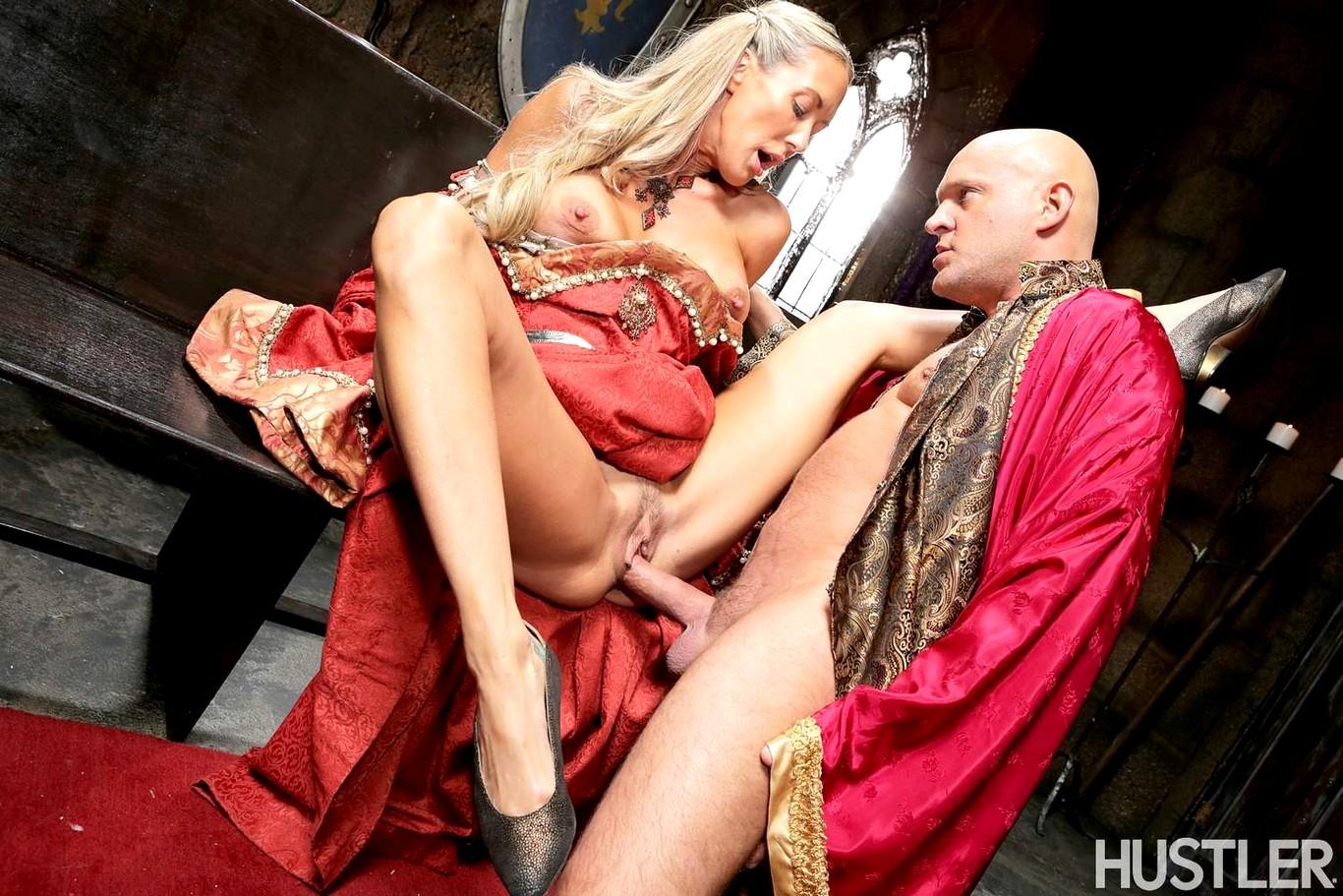 Секс король и королева порно ивановой онлайн