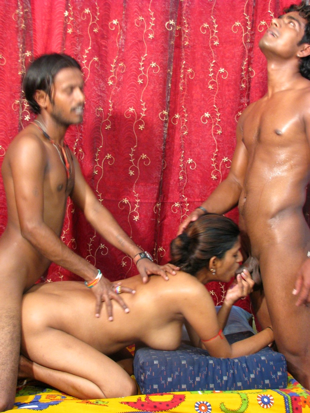 indian-sex-one-girl-with-two-men
