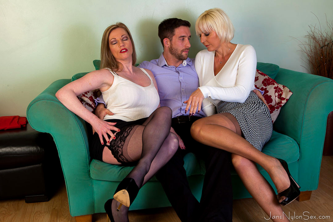 Lady luck with milfs