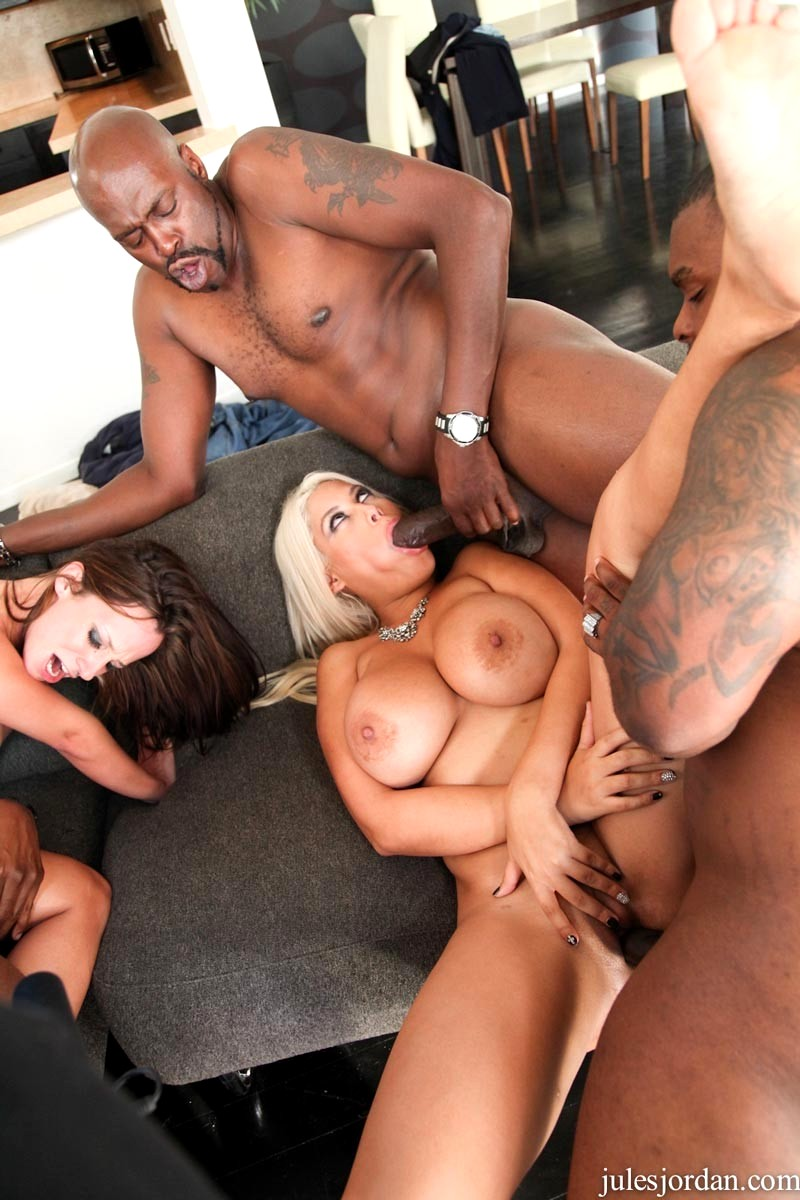 Black Rough Bisexual Orgy