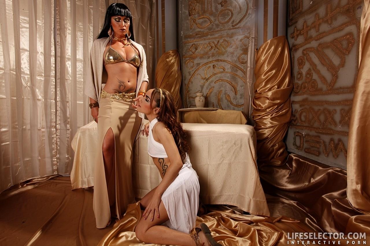 porno-kleopatra-lesbiyanki