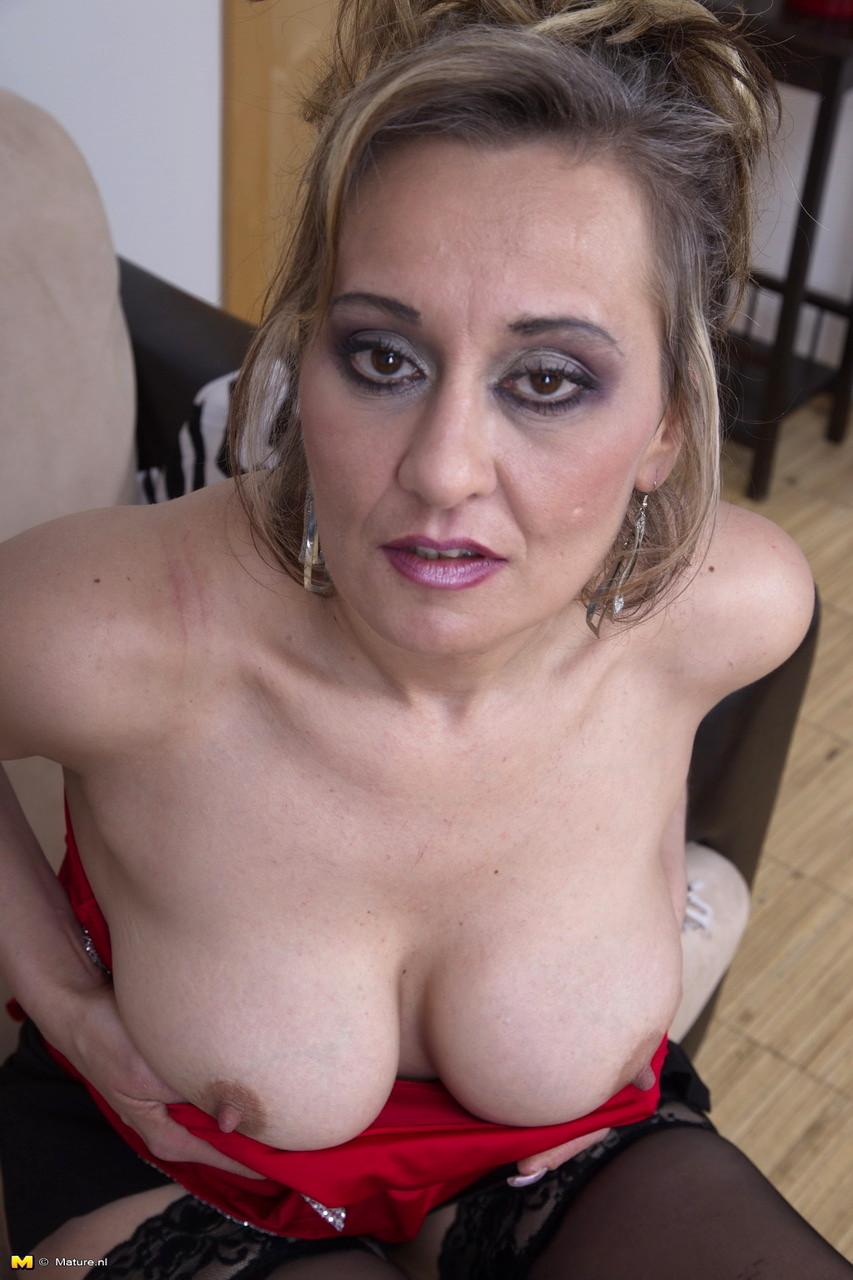 Mature Nl Maturenl Model Awesome Clothed Mobi Video Sex Hd Pics-7636