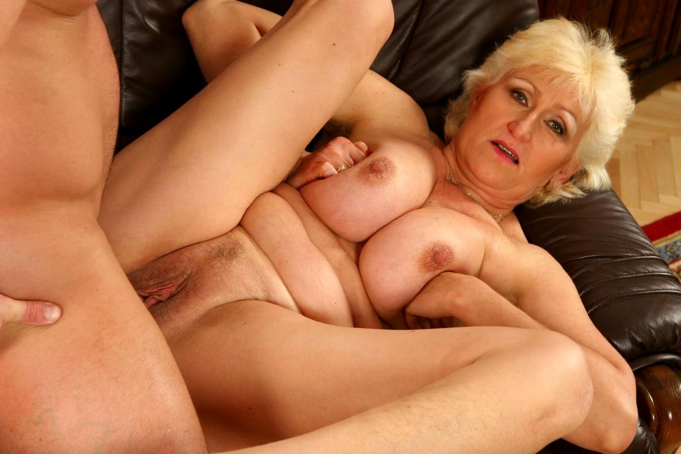 pensionerki-seks-foto-krasivie-prostitutki-zrelie