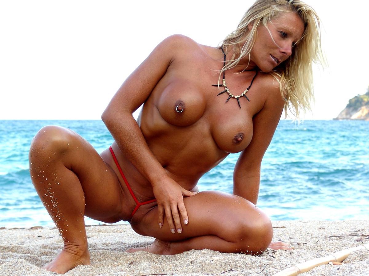 Hd micro bikini porn