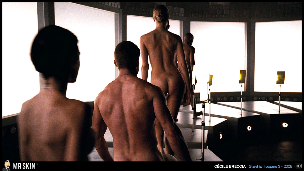 Nude scenes in starship troopers