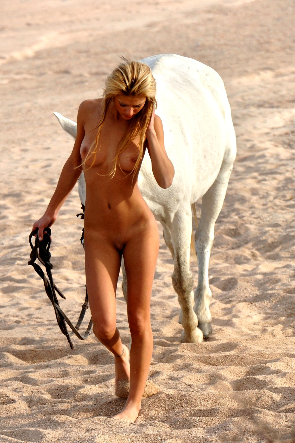 Naked Horse Riding Nakedhorseriding Model Warm European -1078