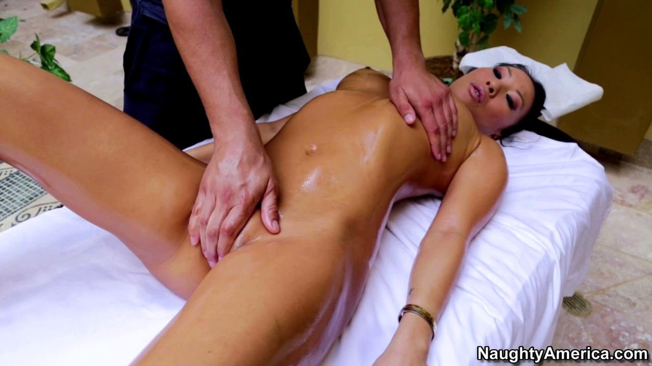 Scarica Video Sex Naughty America