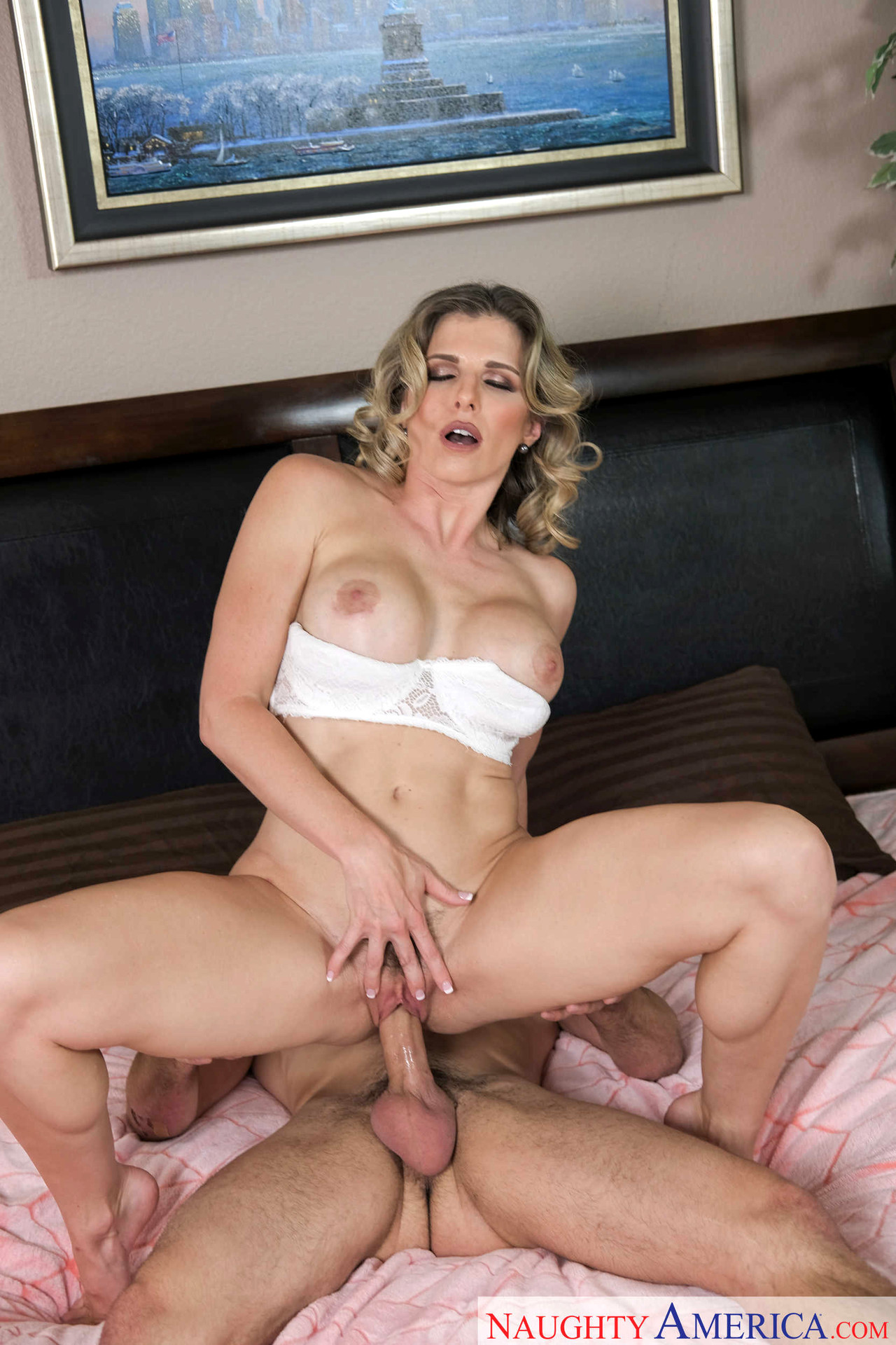 Naughty America Cory Chase Mystery Store bryster Billeder Sex Hd Pics-5022