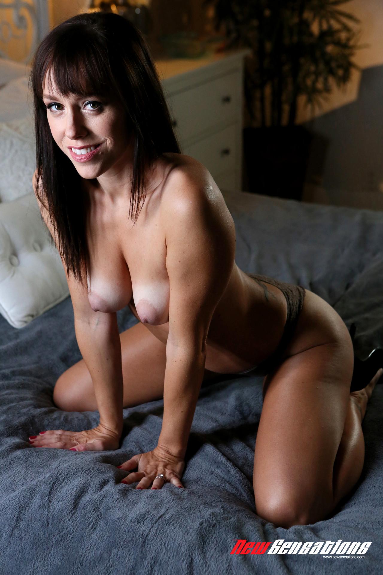 Alana Cruise Porn